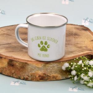 Emailletasse - Das Leben ist schöner mit Hund - grün L